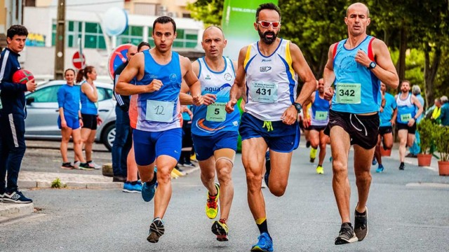 Group of people running a race